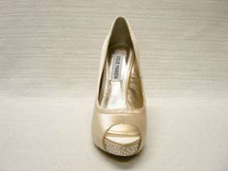 NIB STEVE MADDEN*FEELIXX*CHAMPAGNE SATIN BLING PUMPS 10