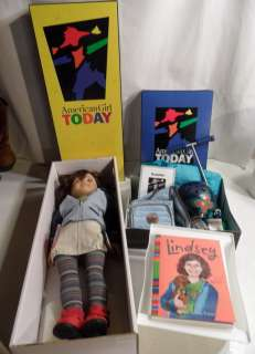 Retired AMERICAN GIRL Doll of the Year 2001 LINDSEY Scooter Book Boxes