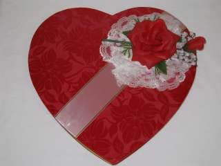 VINTAGE WHITMANS VALENTINE CANDY BOX RED SATINL/LACE/ROSE/LILY OF THE