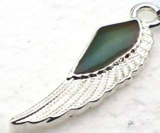 New Mood Color Change Angels Wing Pendant Necklace
