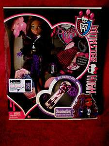 CLAWDEEN WOLF DAUGHTER OF THE WEREWOLF IN SWEET 1600 PARTY