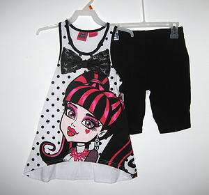 Monster High Draculaura Shirt/Shorts Outfit/Set
