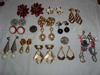 Vintage Costume Jewelry Lot 280 pcs. Box Necklace Earrings Pins