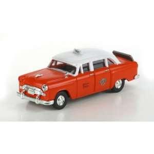 Athearn 26378 Checker A8 Taxi, Checker/Orange Toys & Games