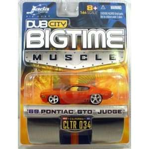 Orange 1969 Pontiac GTO Judge 1:64 Scale Die Cast Car: Toys & Games