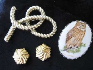 LARGE LOT OF VINTAGE ESTATE JEWELRY RHINESTONE BROOCHES NECKLACES