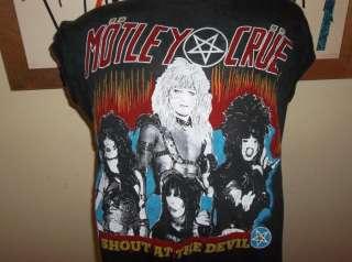 Vtg 1980s Motley Crue Shout at The Devil Concert Tour Shirt |