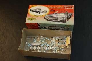 JO HAN 1962 PLYMOUTH FURY CONVERTIBLE BOX + SOME PARTS