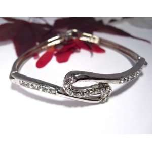 Fashion Plating Platinum and Diamond Bracelet br10027