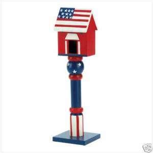 GARDEN DECOR PATRIOTIC RED WHITE BLUE WOOD BIRD HOUSE