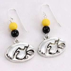 Iowa Hawkeyes Logo Earrings: Sports & Outdoors