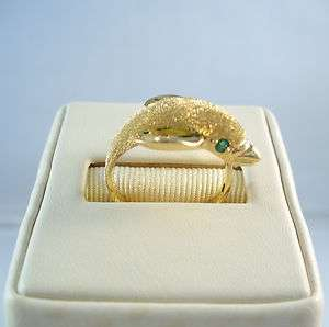 14K YELLOW GOLD DOLPHIN RING W/EMERALD EYES   AMAZING