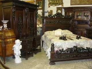 Italian Walnut Mid 19th Century Five Piece Queen Bedroom Suite