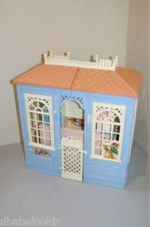 BARBIE VINTAGE FAMILY DOLL HOUSE 1998 (PRE LOVED)