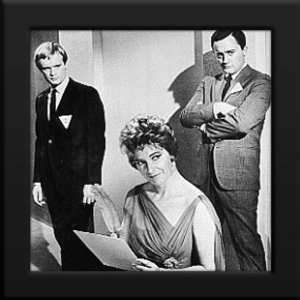 Framed 12x12 B&W Photo (Robert Vaughn David McCallum): Home & Kitchen