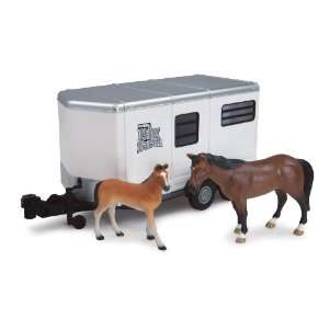 Big Farm 1:16 Horse Trailer with Horse and Colt: Toys & Games