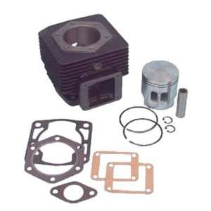 Top end overhaul kit. Includes cylinder, 2 port piston & rings, wrist