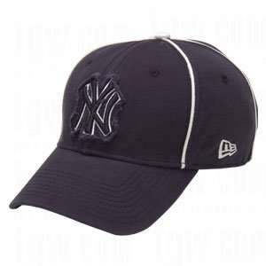 New Era MLB Piped Out Caps   New York Yankees Sports