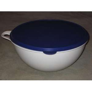 Vintage Large Tupperware 32 Cup / 7.8L White w/ Blue Lid Storage Bowl