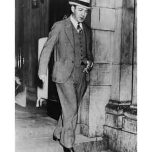 1935 photo Dutch Schultz, full length portrait, standing