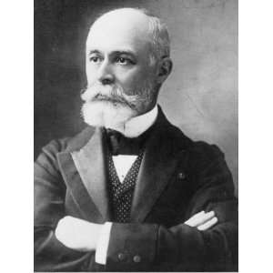 1904 photo Henri Becquerel, head and shoulders portrait